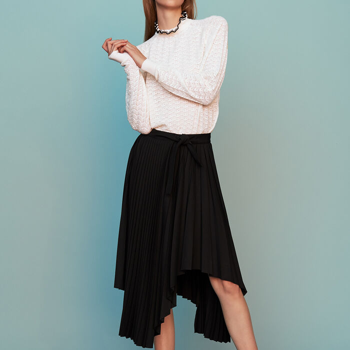 Asymmetric pleated skirt : Ready to wear color Black 210