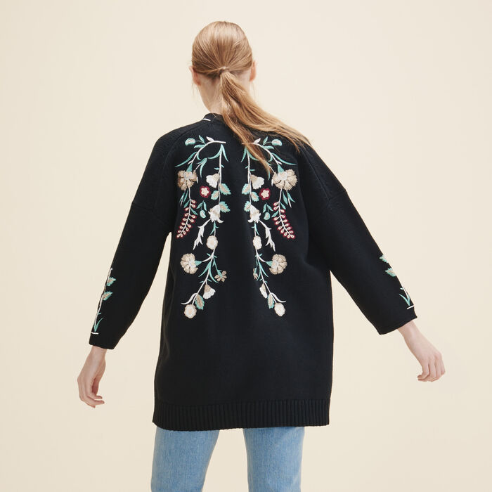 Cardigan with embroidery : See all color Black 210