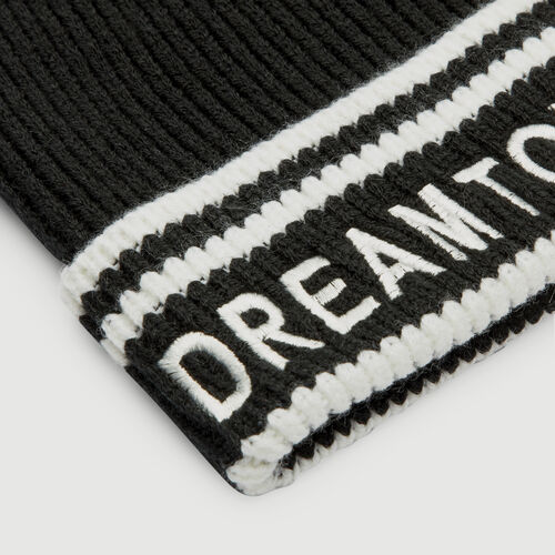 Wool-blend beanie with inscription : Shawls & Ponchos color BLACK