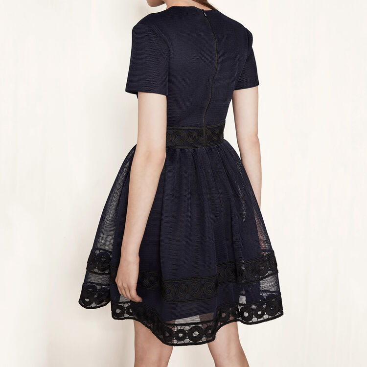 Basket knit dress with guipure : Ma mère color