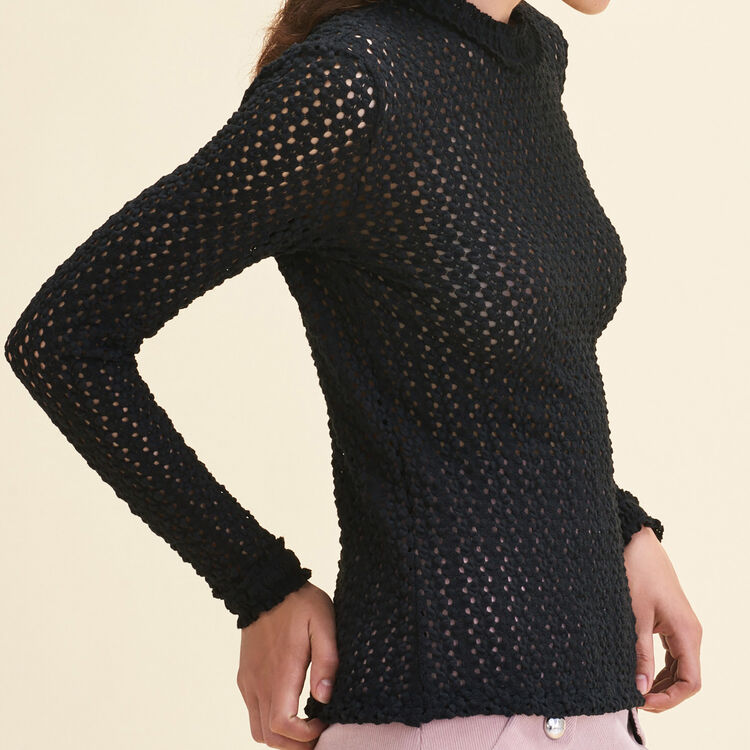 Top with a mixture of embroidery : Tops color Black 210