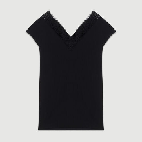 Pleated top with lace : Tops color Black 210