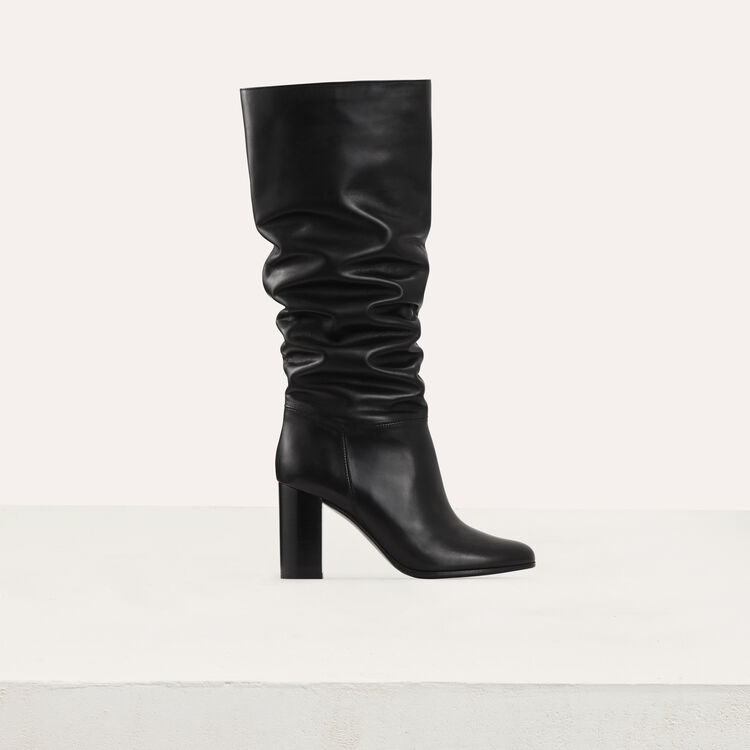 Heeled leather booties : Booties color Black 210