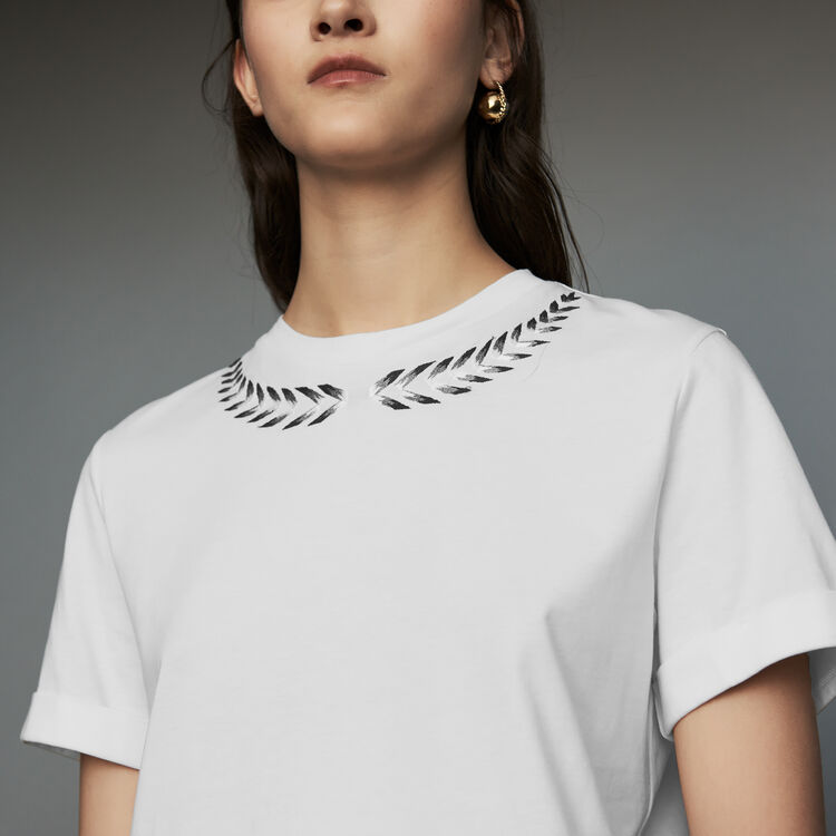 Embroidered T-shirt : Ready to wear color ECRU