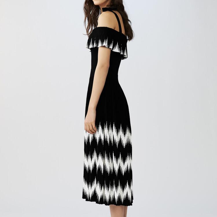 Long cold-shoulder knit dress : Dresses color Black 210