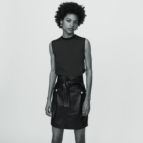 Short leather skirt : Skirts & Shorts color Black