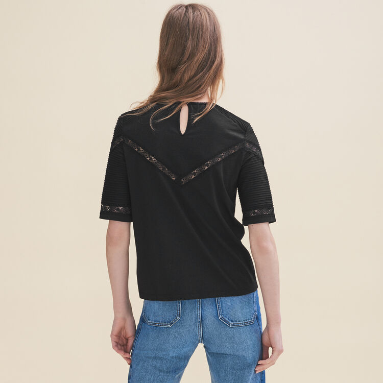 T-shirt with lace trims : T-shirts color Black 210