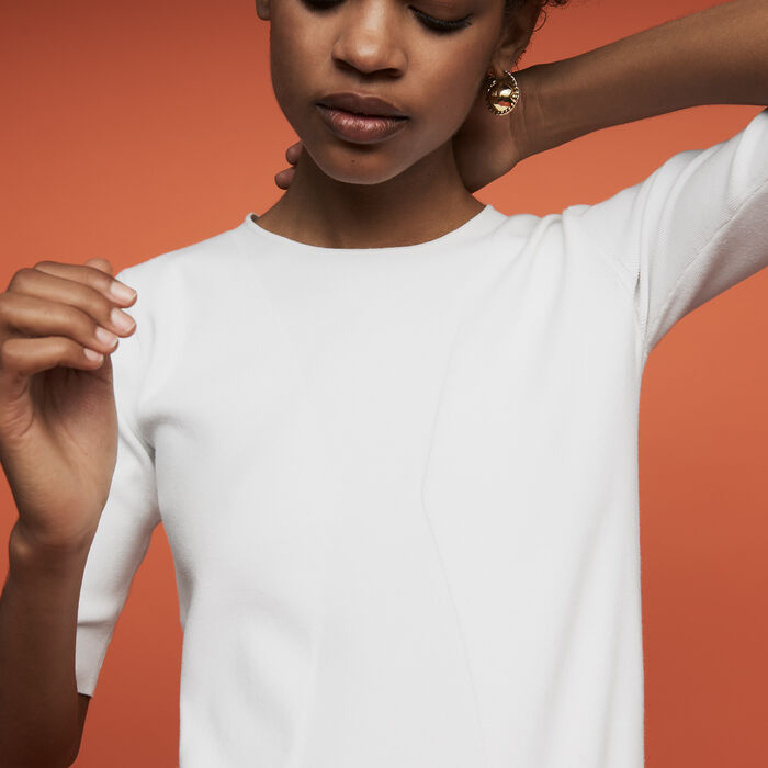 Fine knit sweater with short sleeves : New Collection color White