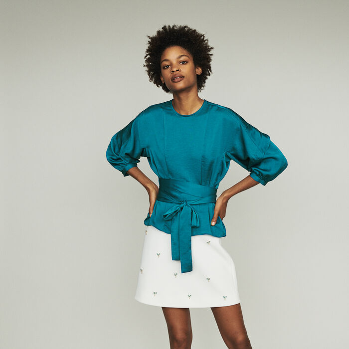 Top to tie : Tops & Shirts color Blue