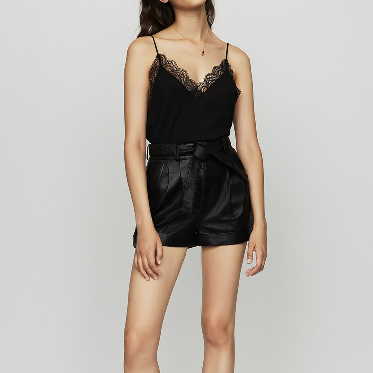 Oversized leather shorts : Ready to wear color Black 210