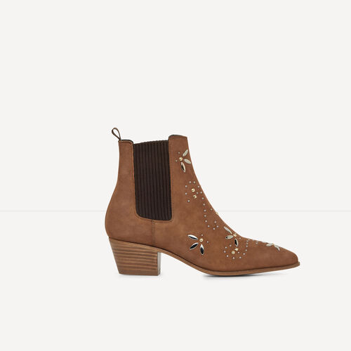 Suede leather ankle boots with studs : Accessories color Camel