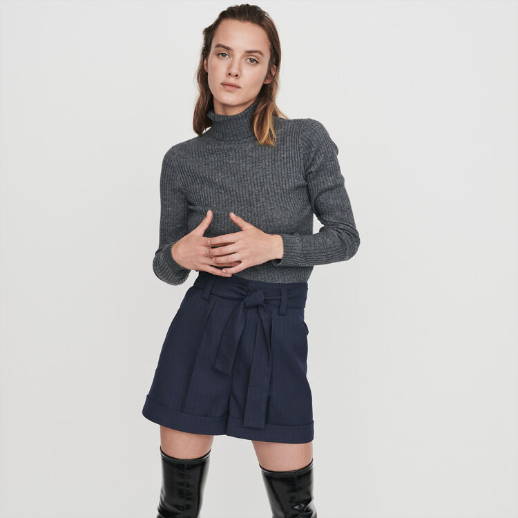 Belted shorts with tennis stripes : Winter collection color Navy