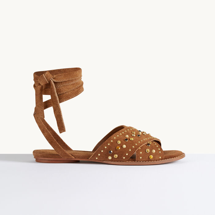 Flat sandals with studs :  color Camel