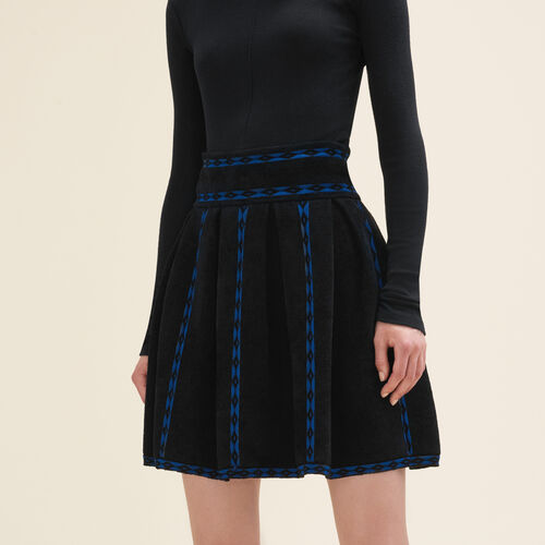 Jacquard knit skirt : Skirts & Shorts color Black 210