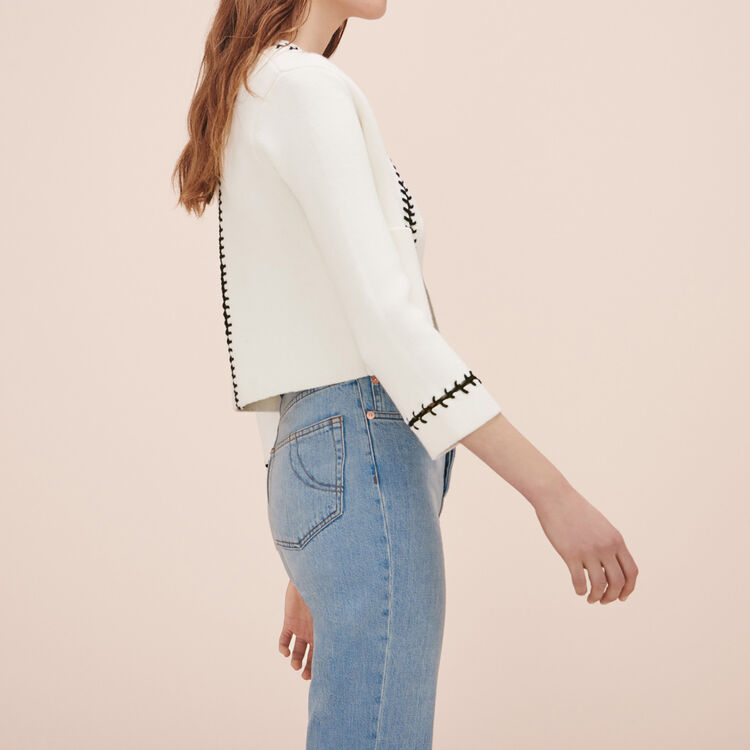 ${pdict.Product.custom.smcp_shortTitle + ' - ' + ${(pdict.Product.primaryCategory != null ? pdict.Product.primaryCategory.displayName : (pdict.Product.categories.length > 0 ? pdict.Product.categories[0].displayName : ''))} + ' - ' + Resource.msg('global.storename', 'locale', null)}