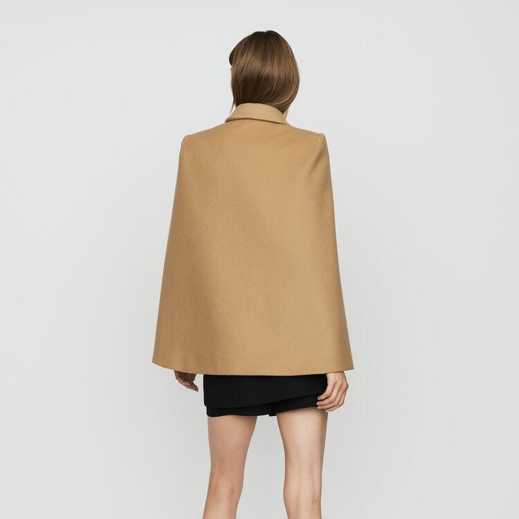 Cape-coat in virgin wool : Coats color Camel